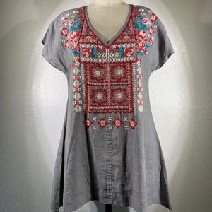 NWT JWLA Johnny Was Embroidered V Neck Sz S